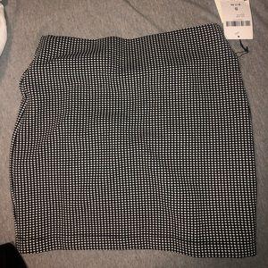 NWT checkered/plaid pencil mini skirt forever 21